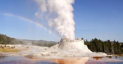 "alt=""There's a 'supervolcano' beneath the market waiting to erupt"""