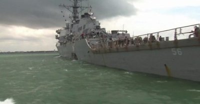 "alt=""US Navy ship and oil tanker collide near Singapore"""