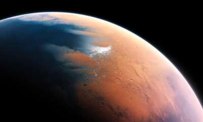 "alt=""New moon mission will not distract from effort to reach Mars, NASA boss says"""
