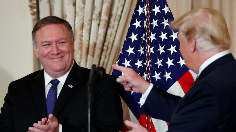 "alt=""U.S. Secretary of State Pompeo returning from N. Korea with 3 detainees"""