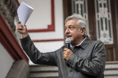 "alt=""Mexico's AMLO Calls for Nafta Agreement in Letter to Trump"""
