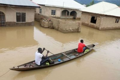 "alt=""Nigeria floods kill more than 100"""