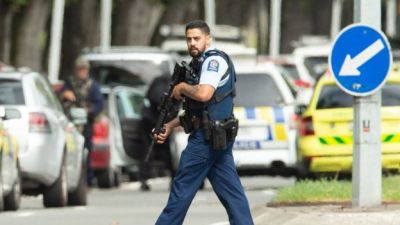 "alt=""Christchurch shootings: 49 dead in New Zealand mosque attacks"""