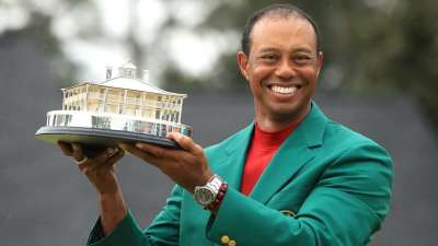 "alt=""Tiger Woods ends 13-year Masters title drought"""