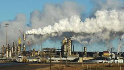 "alt=""Oilsands CO2 emissions may be far higher than companies report"""