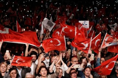 "alt=""International outcry over Istanbul election re-run"""