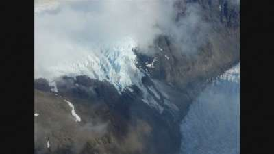"alt=""Scientists say Chile's Southern Patagonia Ice Field has 'split in two'"""