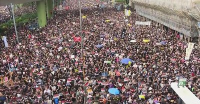 "alt=""Hong Kong protest: 'Nearly two million' join demonstration"""