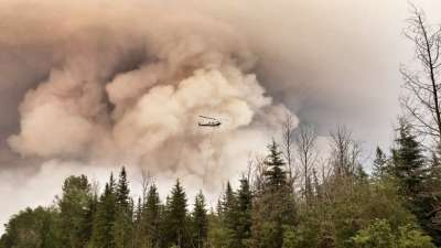 "alt=""New evacuation orders issued as 'aggressive' northern Alberta wildfires grow"""