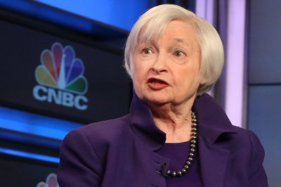 "alt=""Former Fed Chair Janet Yellen says she's in favor of an interest rate cut"""