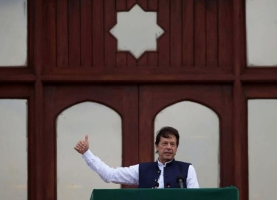 "alt=""PM Khan: Pakistan would not use nuclear weapons first, amid tensions with India"""