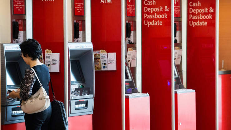 "alt=""Consumers could be winners as Singapore shakes up its digital banking sector"""