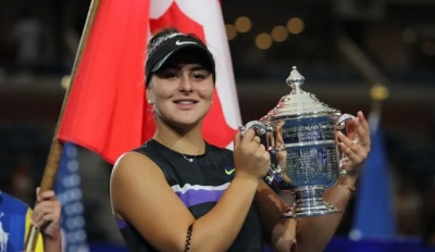 "alt=""Bianca Andreescu wins U.S. Open, becomes 1st Canadian to claim a Grand Slam title"""